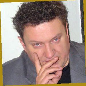Олег Комаров